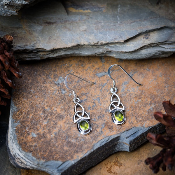 Thai Sterling Silver Celtic Triangle With Peridot Glass Stone Dangling Earrings