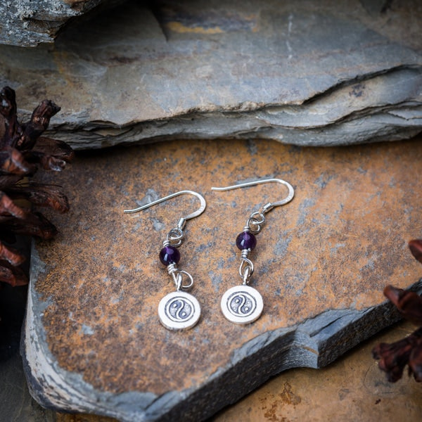 Thai Hand Made Hill Tribe Artisan Silver Earrings Yin Yang Amethyst