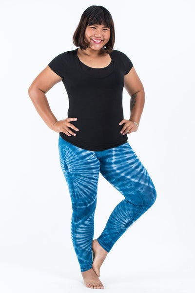 PLUS SIZE Tie Dye Leggings in White Blue