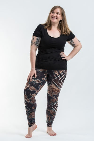Plus Size Diamond Tie Dye Cotton Leggings in Tan