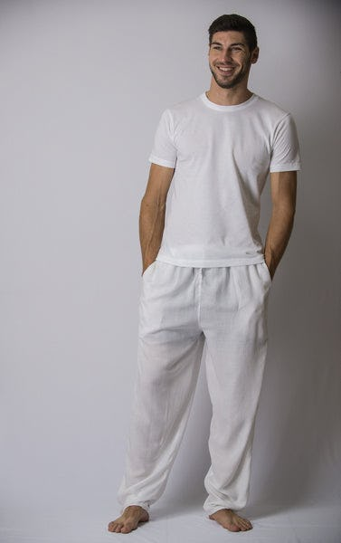 Fashion week In white of men s search pants for woman