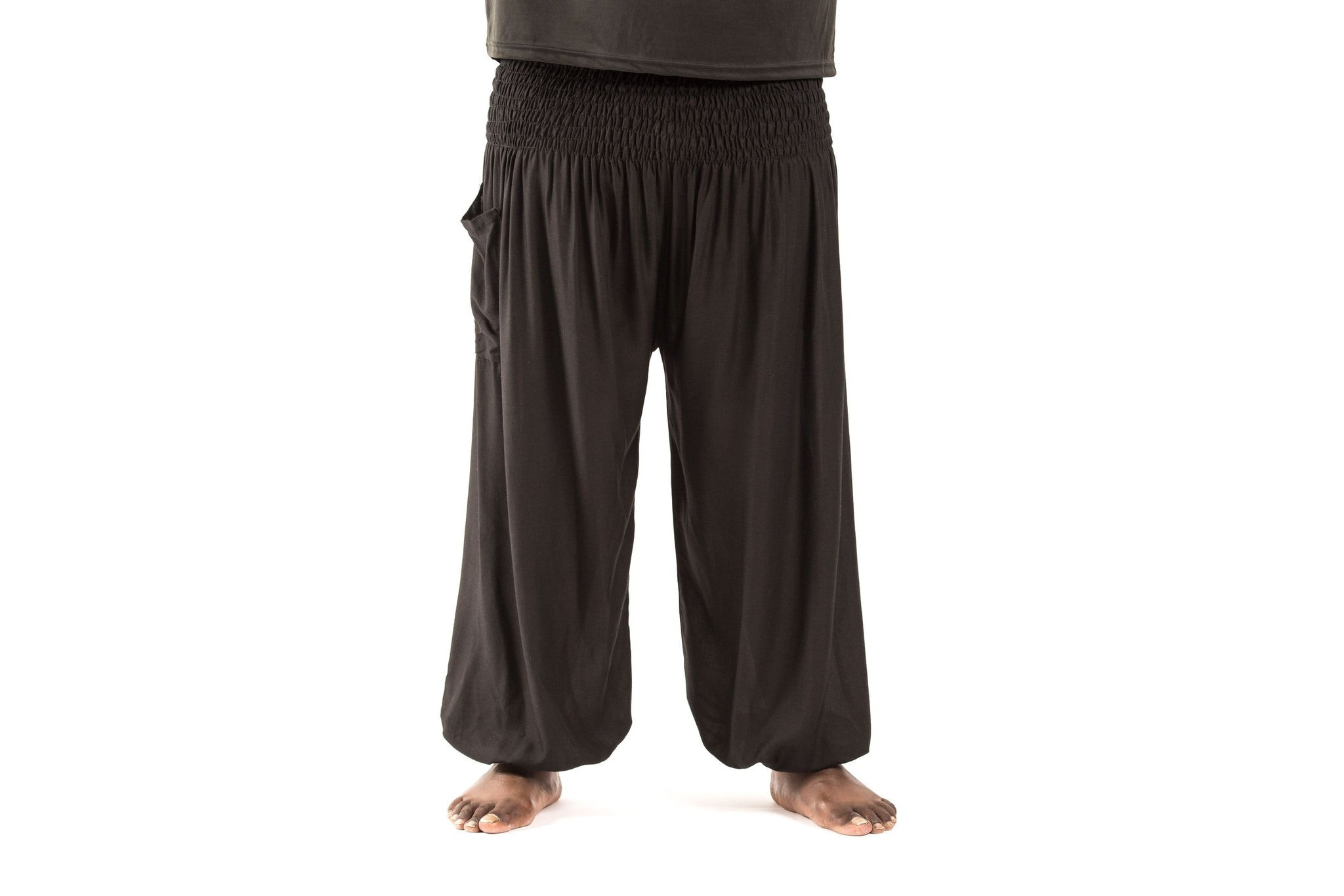 Product Description: Plus size solid color harem pants, simple and easy, suitable for leisure, shopping and trip. Casual drop bottom shows a little Aladdin style, the whole pants looks very casual; drawstring waist design can cover your belly, this part can show you slim.5/5(11).